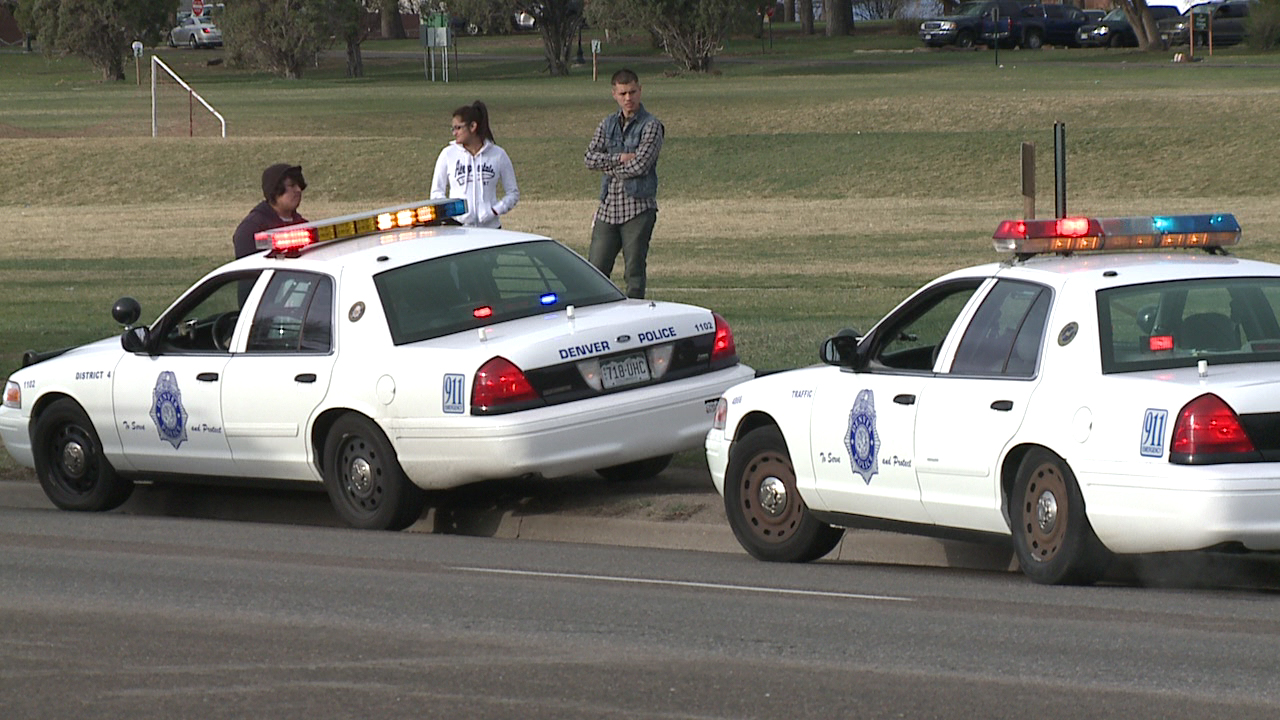 Police cite drivers and pedestrians on Federal Blvd.