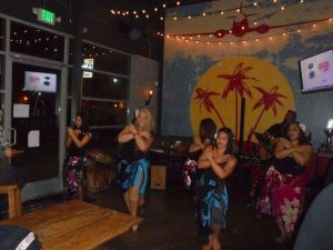 keahi playing hawaiian music san diego entertainment at the promiscuous fork with hula show2