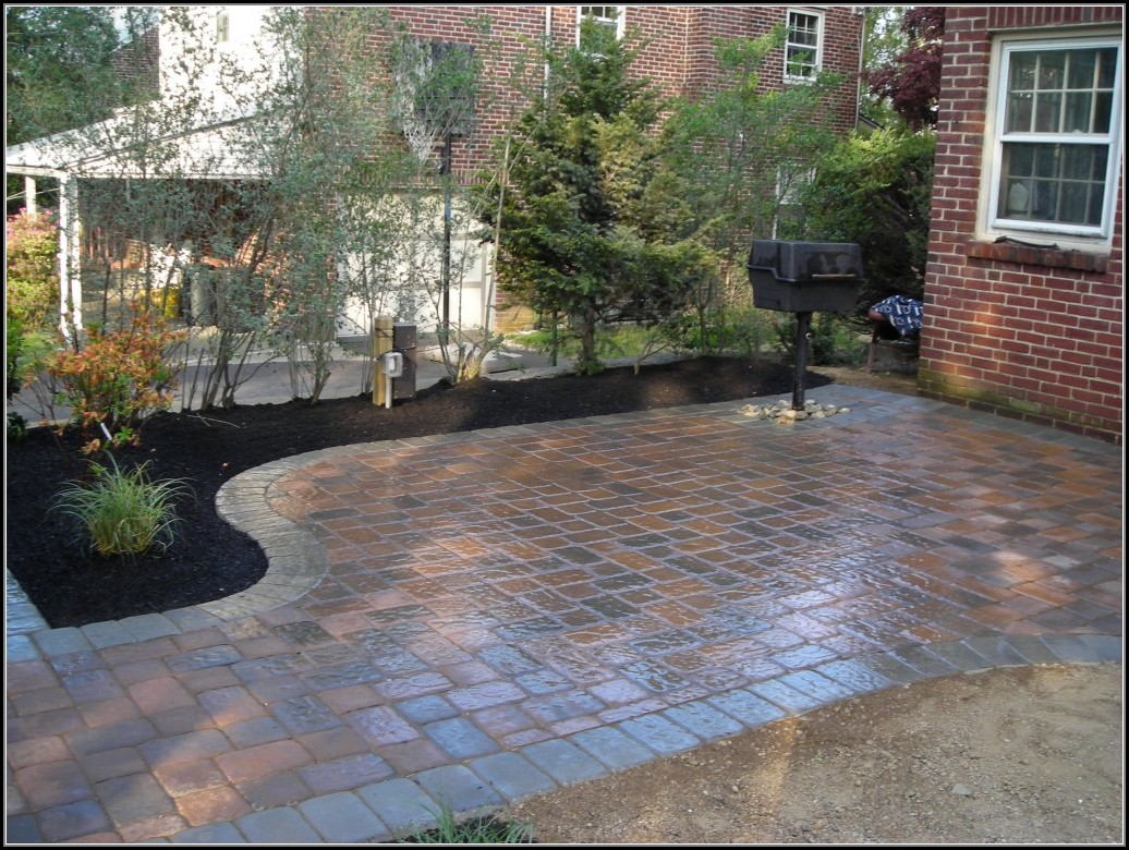 Backyard Patio Ideas With Pavers