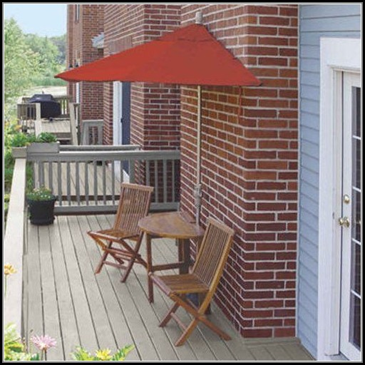 Bistro Patio Set With Umbrella