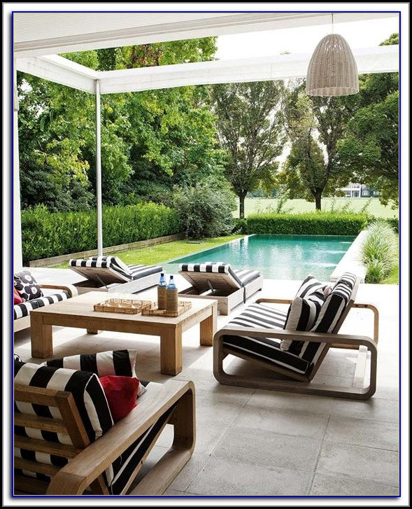 Black And White Toile Outdoor Cushions