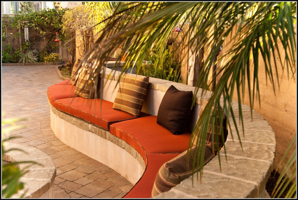 Curved Seating Patio Furniture