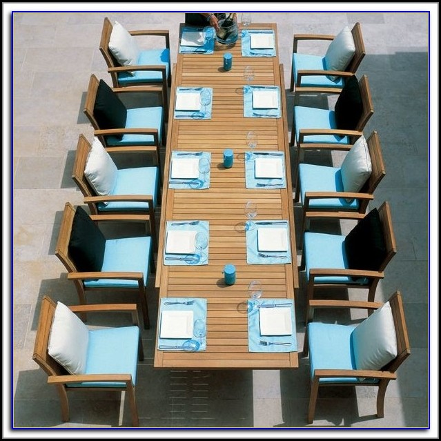 Extendable Outdoor Table And Chairs