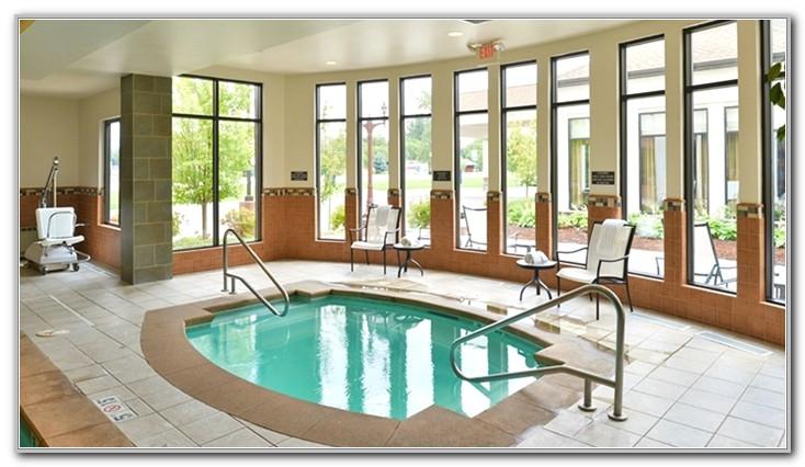 Hilton Garden Inn Kalispell Pool