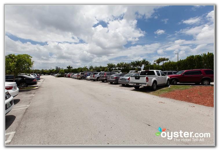 Hilton Garden Inn Miami Airport West Parking