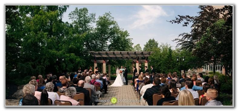 Hilton Garden Inn Twinsburg Wedding