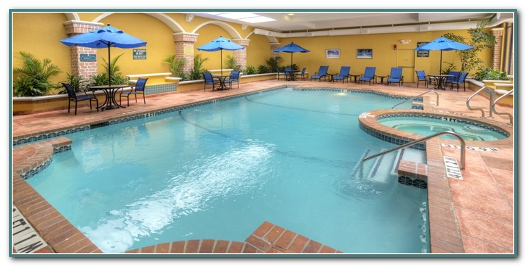 Hotels With Indoor Pools In Dallas