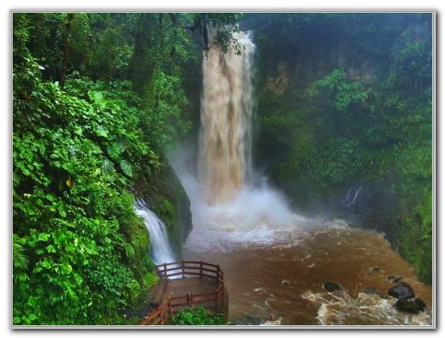 La Paz Waterfall Gardens Hours