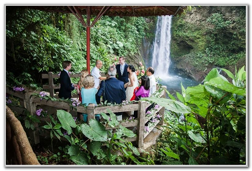 La Paz Waterfall Gardens Wedding