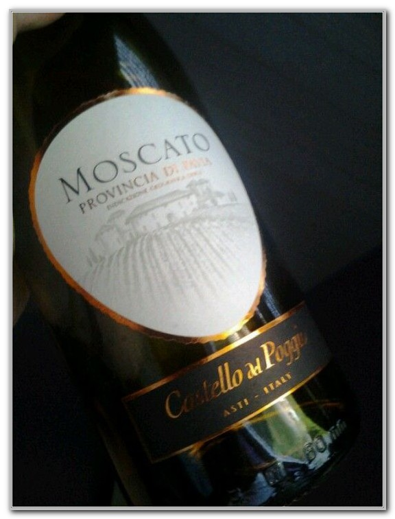 Olive Garden Moscato Wine