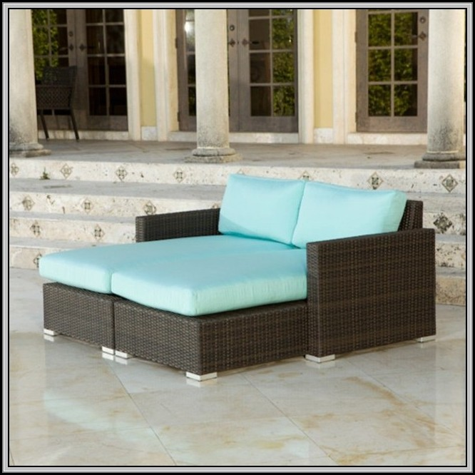 Rolston Wicker Patio Double Chaise Lounge