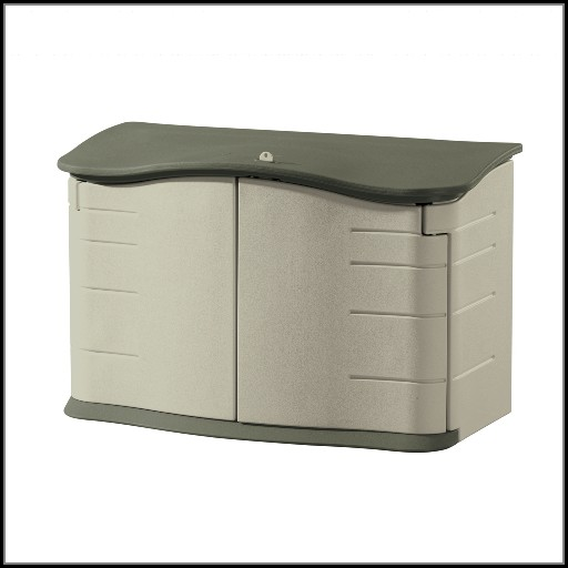 Rubbermaid Patio Storage Box