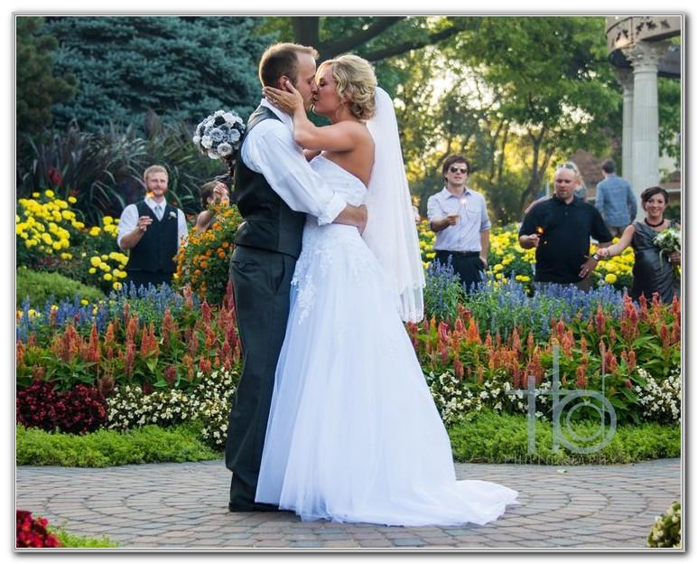 Sunken Gardens Lincoln Ne Wedding