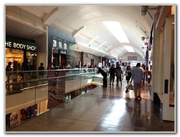 Westfield Garden State Plaza Mall Paramus