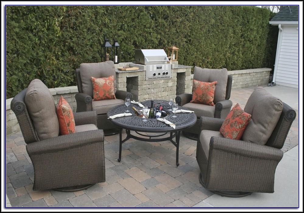 Westlake Brown Wicker Outdoor Furniture Set