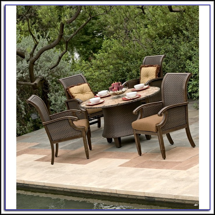 Wicker Patio Dining Set With Umbrella Hole