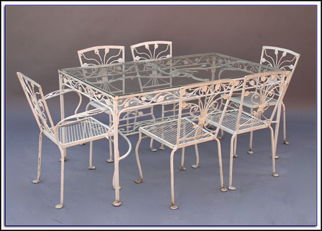 Wrought Iron Patio Table And 6 Chairs