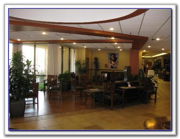 Wyndham Garden Hotel Austin Airport