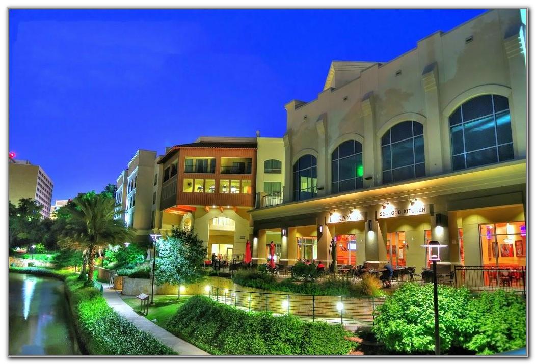 Wyndham Garden San Antonio Riverwalk