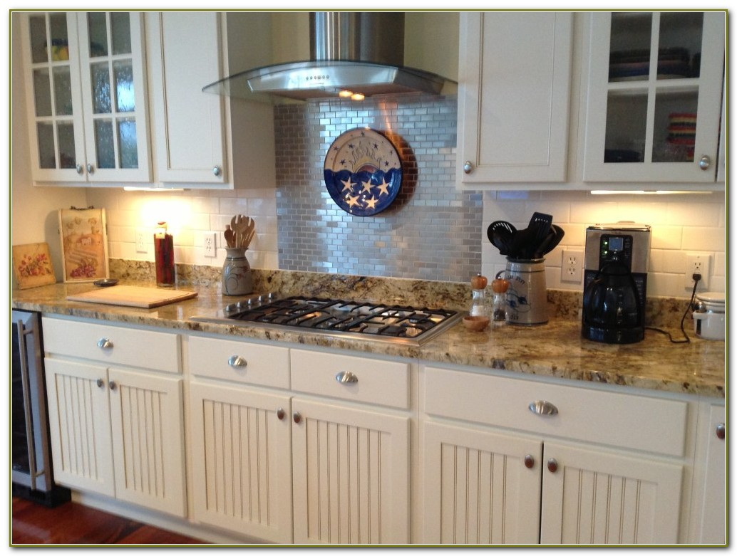 Ceramic Subway Tile Backsplash
