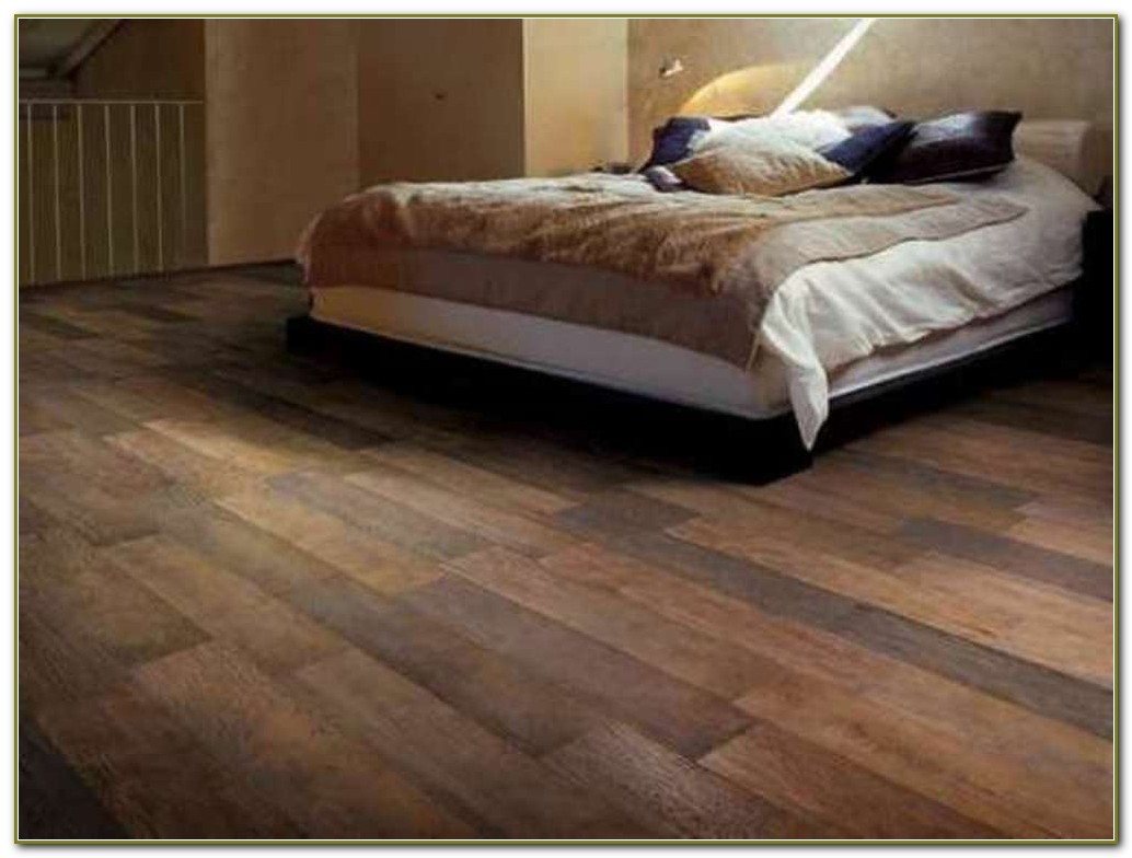Ceramic Tile Flooring Looks Like Wood Planks