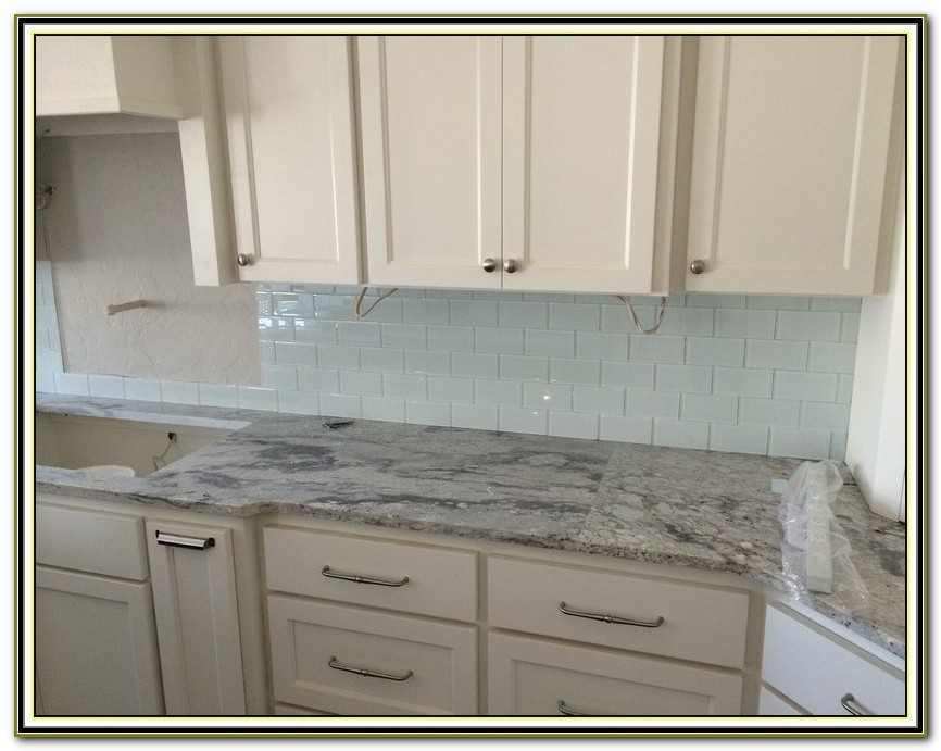 Clear Glass Tile Backsplash Pictures