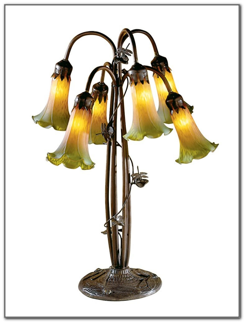 Dale Tiffany Dragonfly Lily Lamp