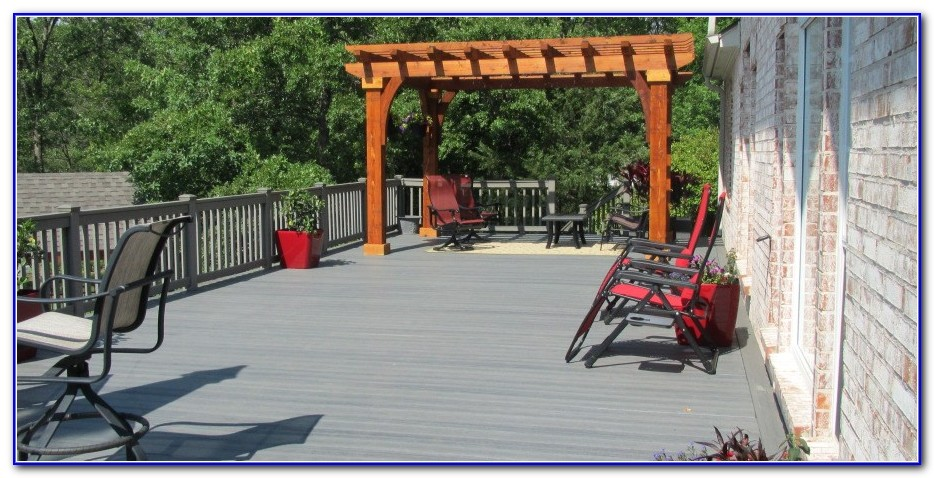 Decks With Roofs Pictures