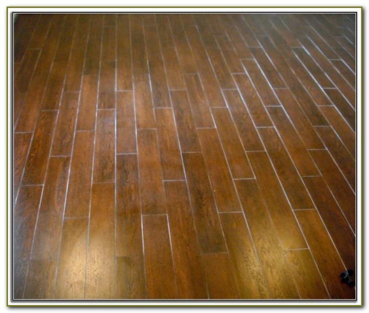 Salvage Musk Wood Plank Porcelain Tile