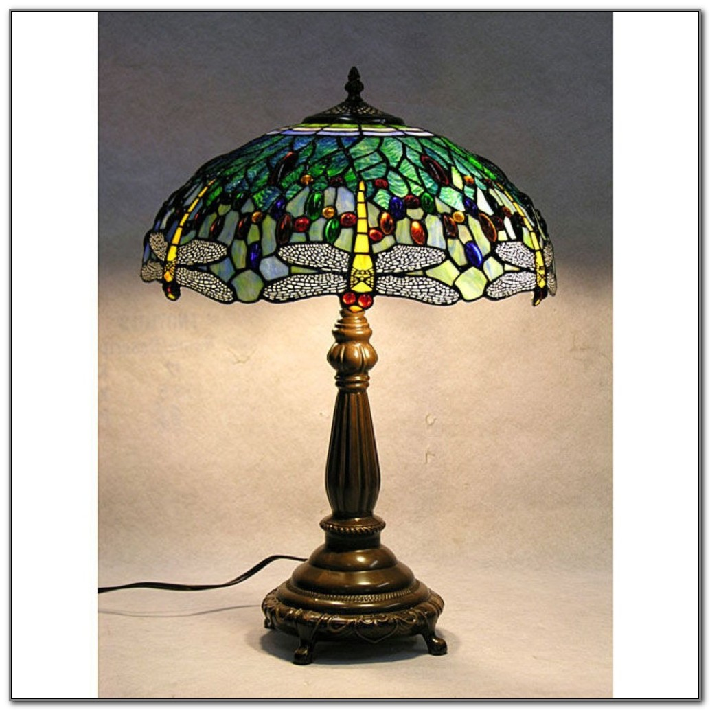 Tiffany Blue Dragonfly Table Lamp
