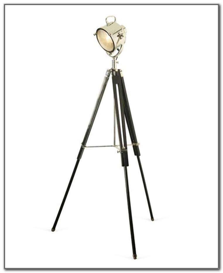 Wooden Tripod Spotlight Floor Lamp