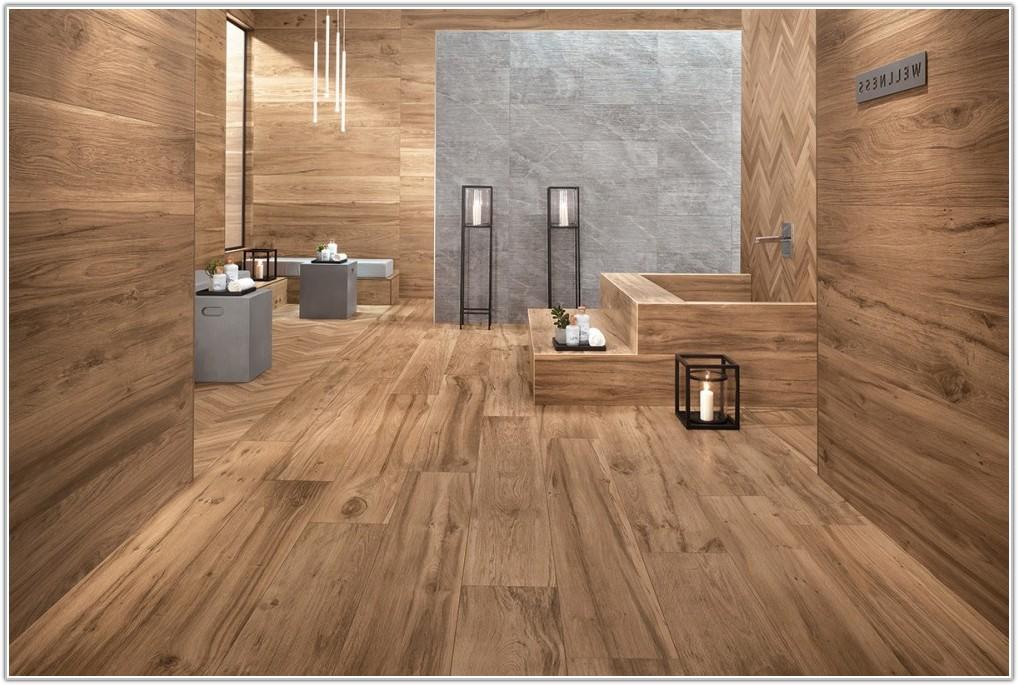 Bathroom Floor Tile That Looks Like Hardwood