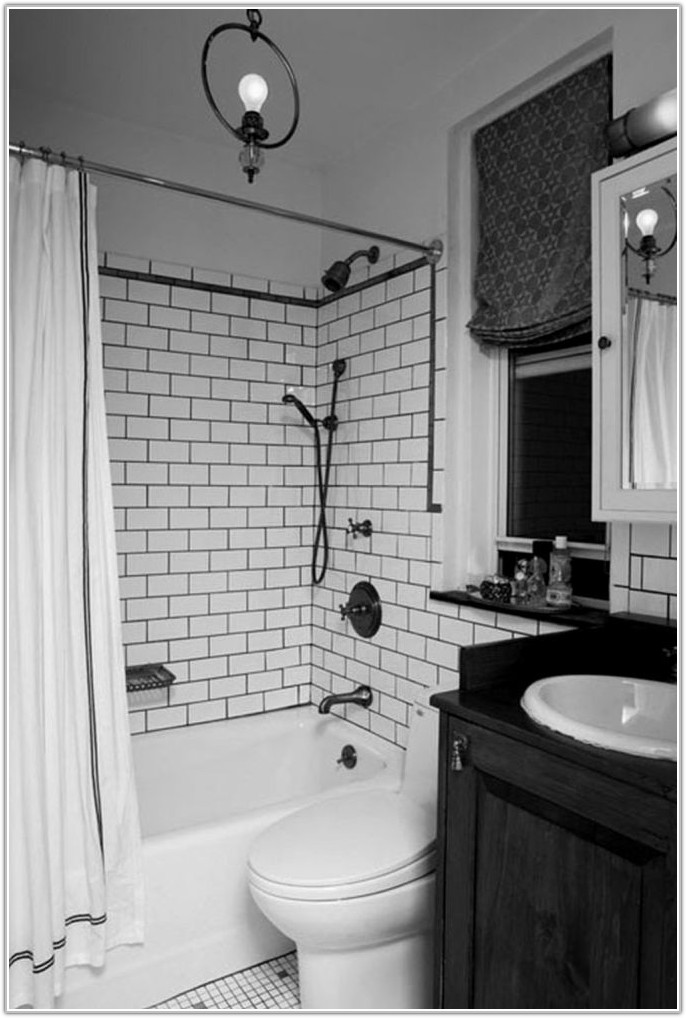 Black And White Subway Tile Bathroom Ideas