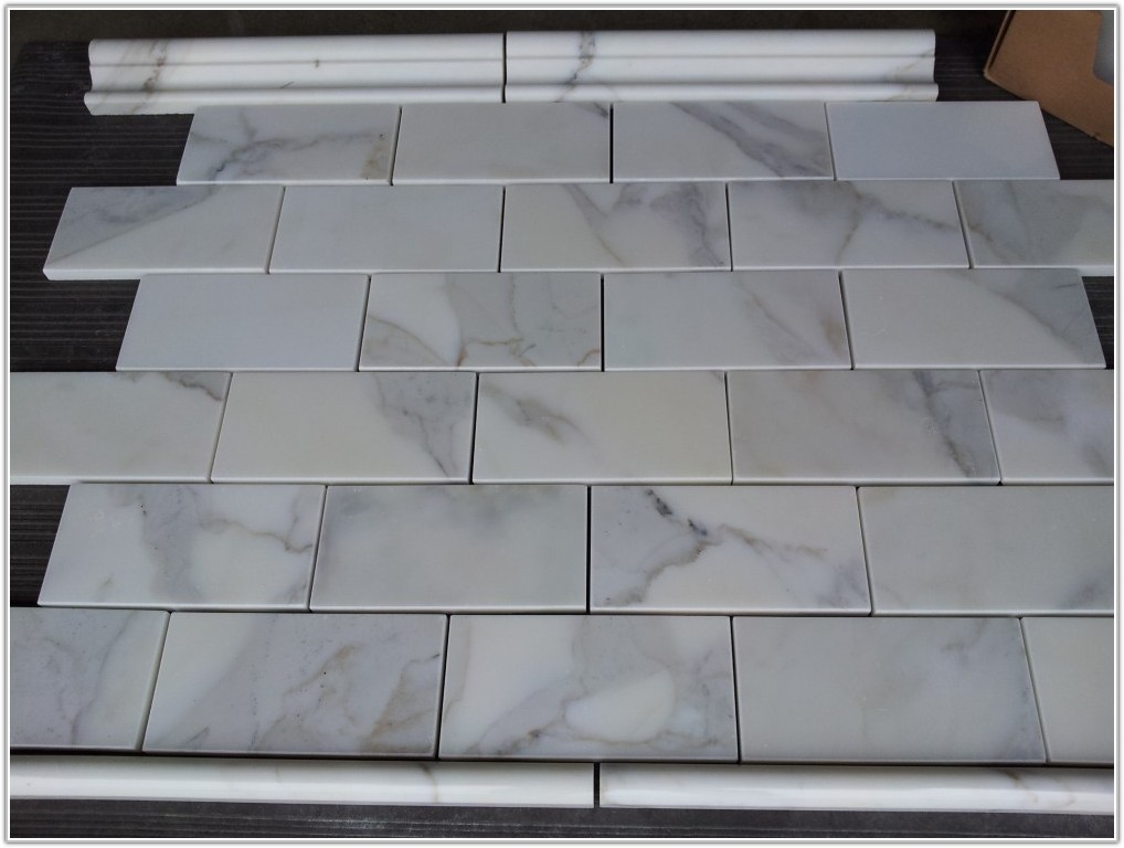 Carrara Marble Subway Tile 3x6