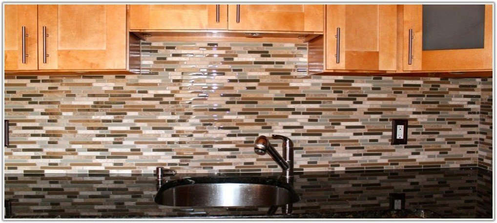 Colorful Glass Tile Backsplash Ideas