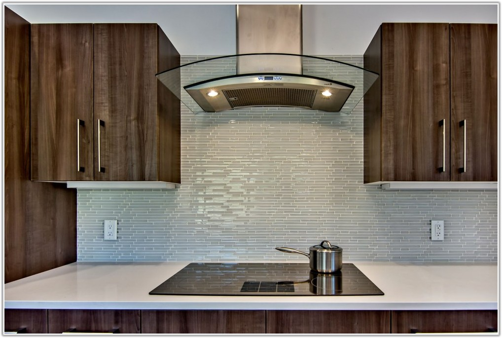 Glass Backsplash Tile Ideas For Kitchen