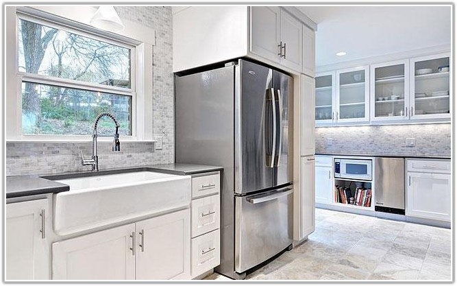 Gray And White Marble Subway Tile