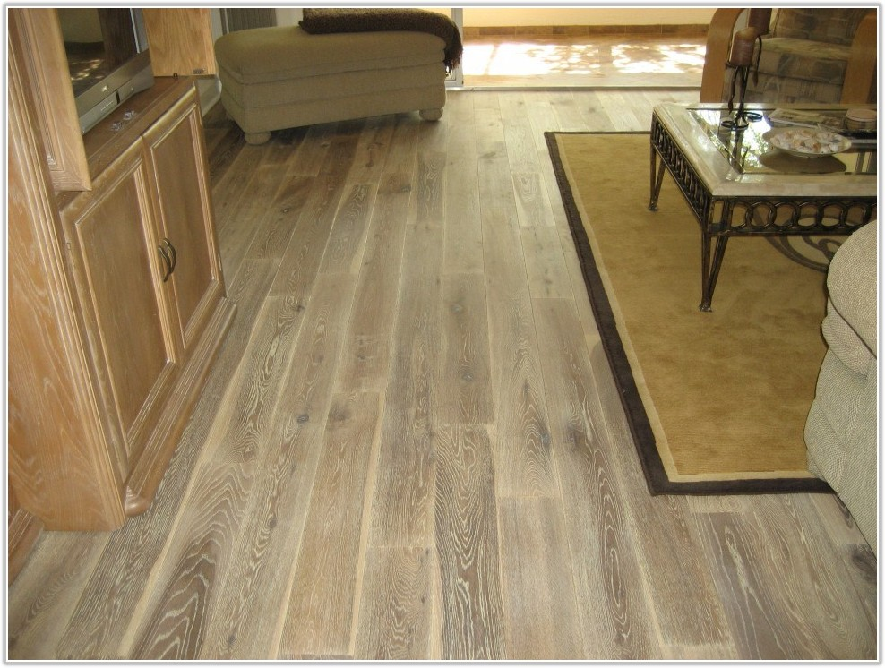 Hardwood Floor Look Ceramic Tile