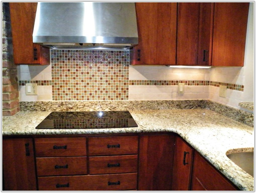 Kitchen Backsplash Glass Tiles Ideas