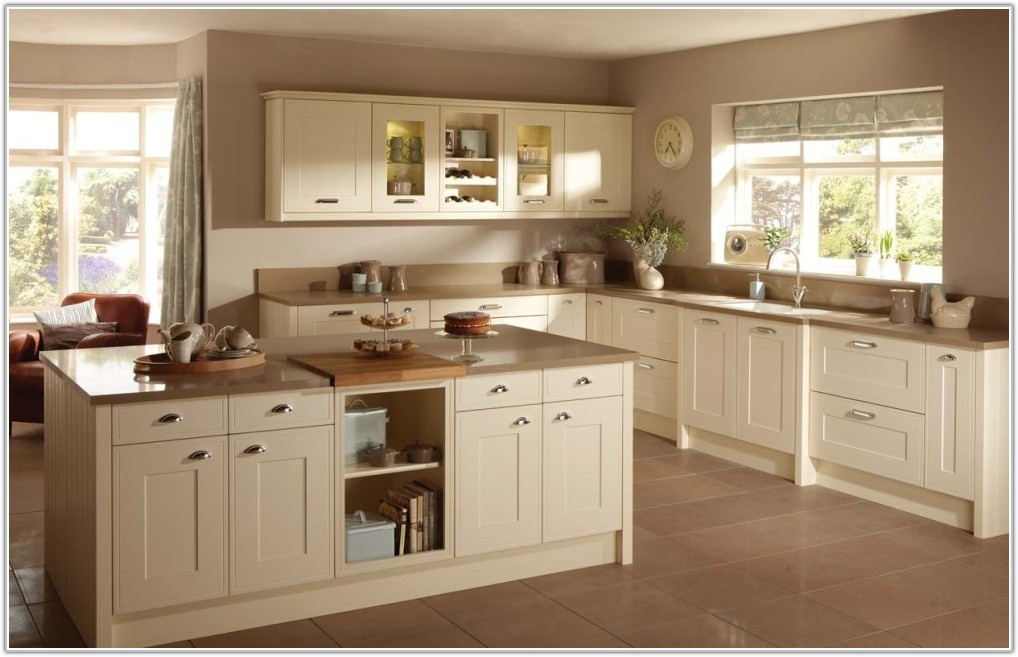 Off White Cabinets White Subway Tile