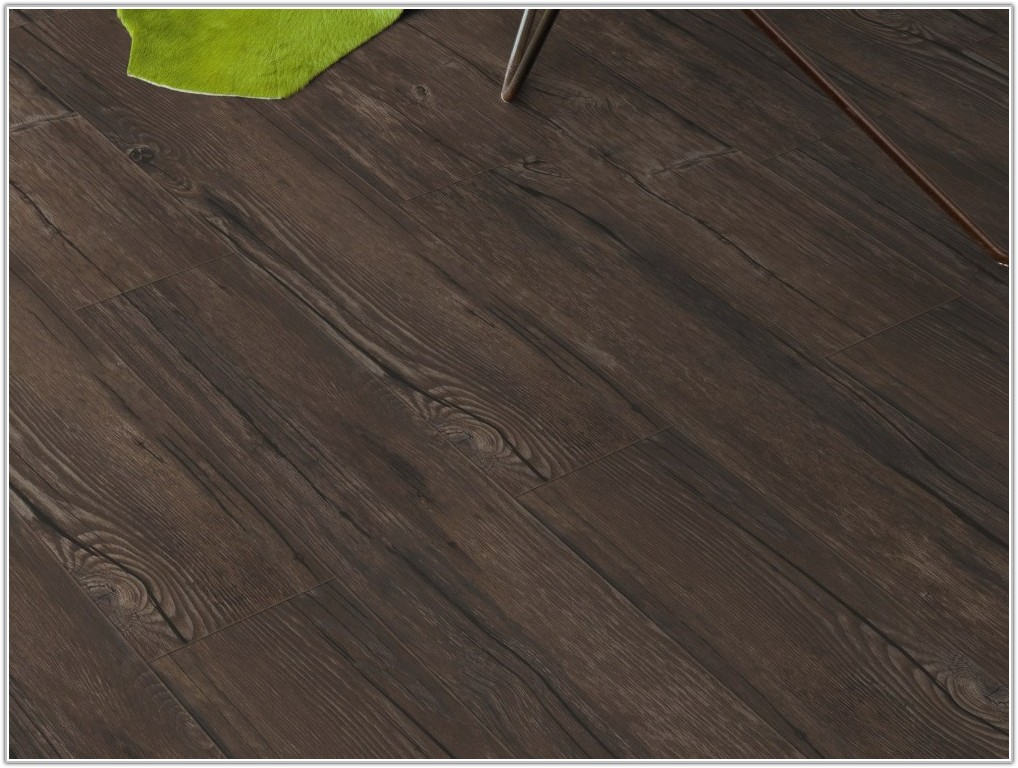 Vinyl Wood Effect Floor Tiles