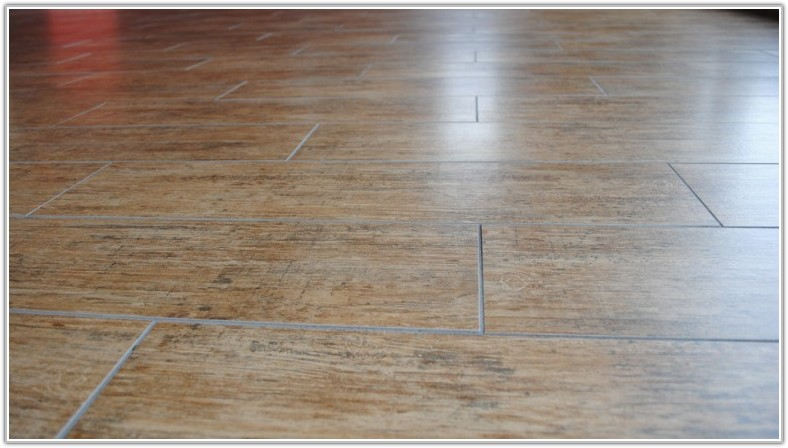 Wood Looking Ceramic Tile Flooring