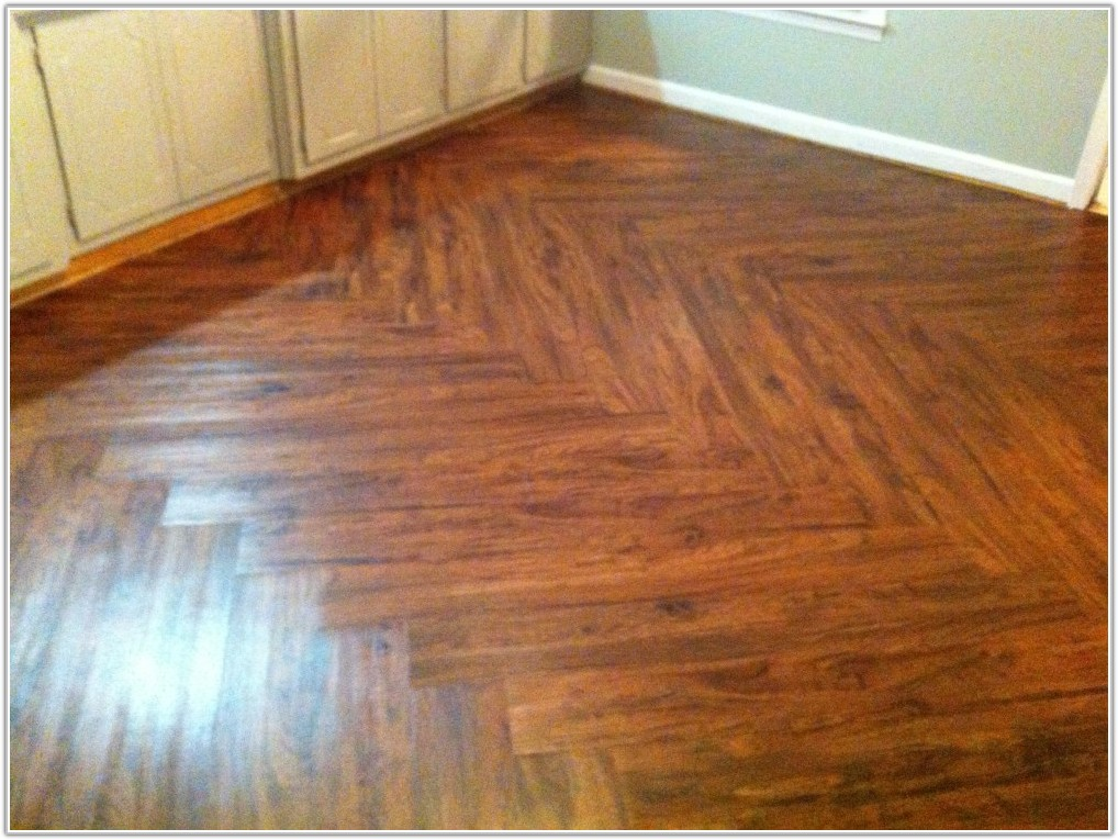 Allure Cherry Vinyl Plank Flooring