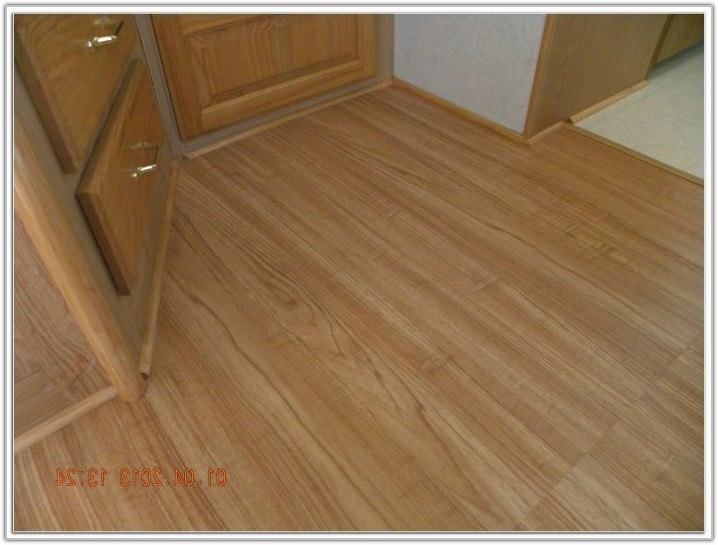 Allure Resilient Plank Flooring Country Pine