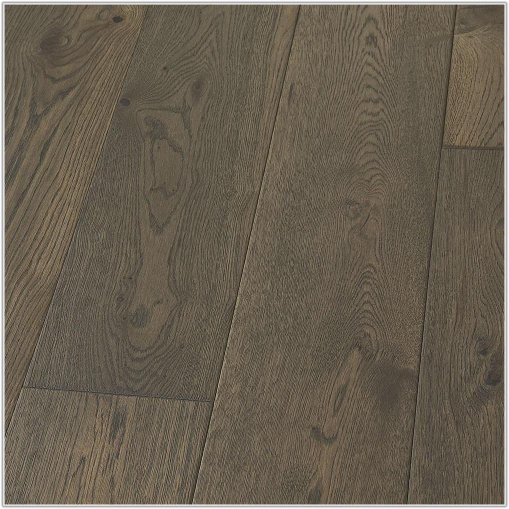 Gray Wide Plank Wood Flooring
