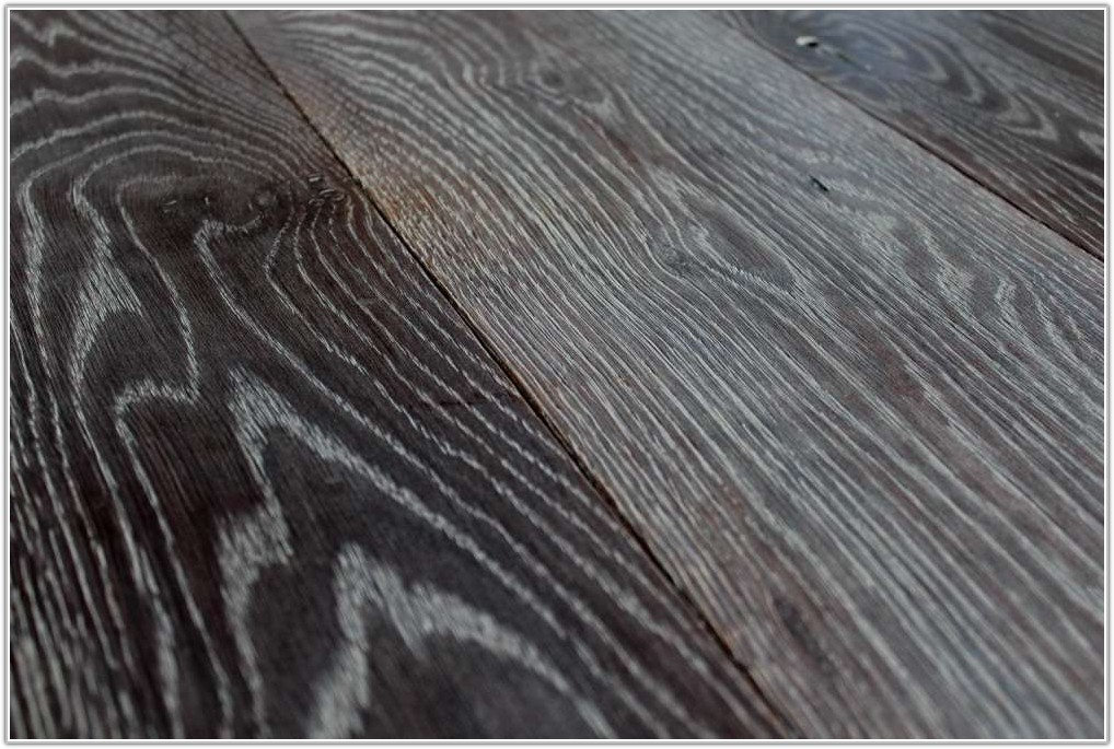 Grey Vinyl Wood Plank Flooring
