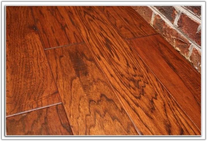 Hand Scraped Hickory Engineered Hardwood Flooring