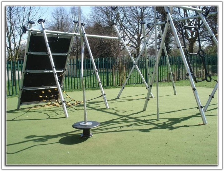 Outdoor Rubber Flooring For Playgrounds