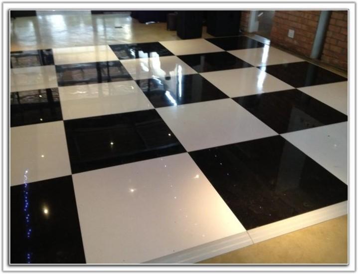Red And White Checkered Vinyl Flooring
