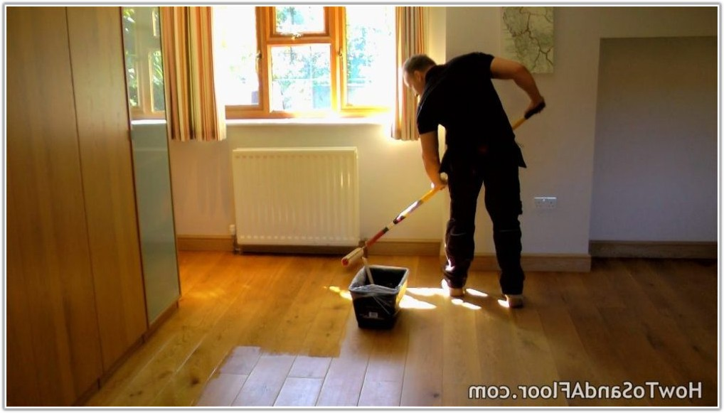Refinishing A Wood Floor Without Sanding